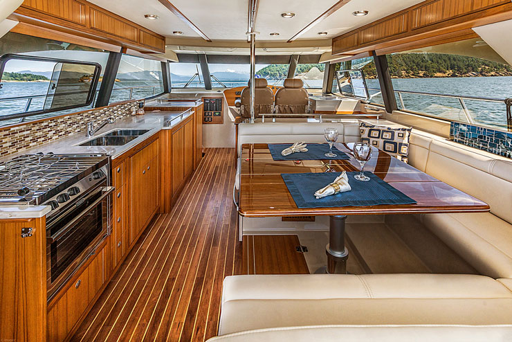 Boat Galley Design: Home Kitchens VS Yachts